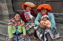 Peru-Cusco-Quechua-Woman-on-Church-Steps